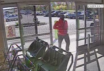 06-08 Suspect entering