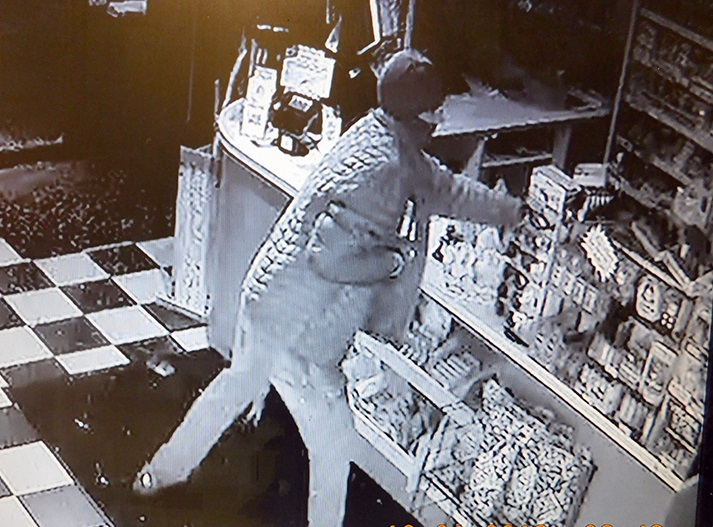 Suspect sought for stealing merchandise from SML-area store