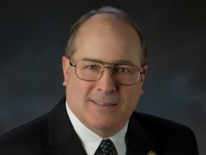 Roanoke County Administrator to retire